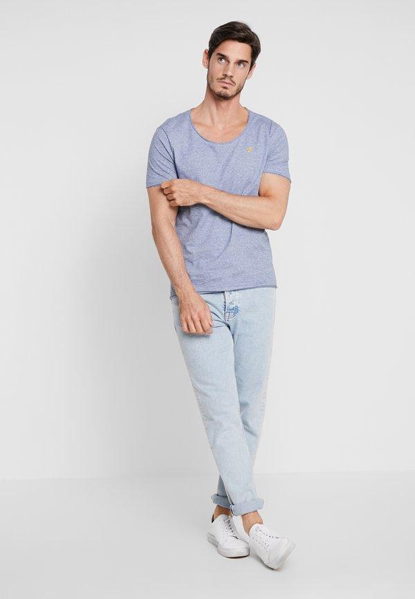 Pier One T-shirt z nadrukiem - dark blue/granatowy Odzież Męska JVWM