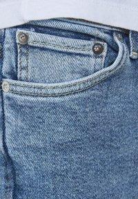 Jack & Jones Junior - Slim fit jeans - blue denim - 5