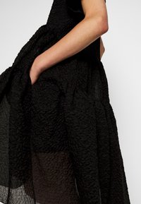 Victoria Victoria Beckham - EXAGERATED DRESS - Cocktail dress / Party dress - black - 6