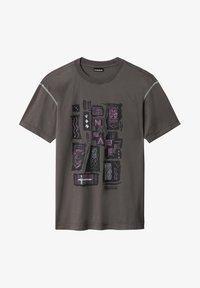 Napapijri - S-KEE - T-shirt med print - grey gargoyle - 5