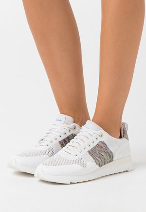 EXCLUSIVE RAPID - Sneakers laag - white