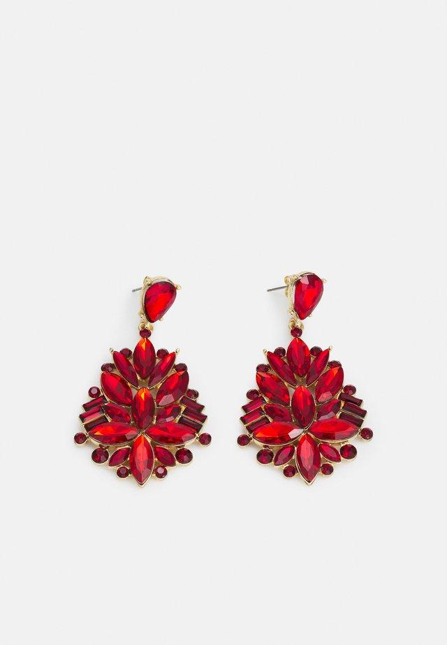 PCLAVAN EARRINGS - Kolczyki - gold-coloured/red