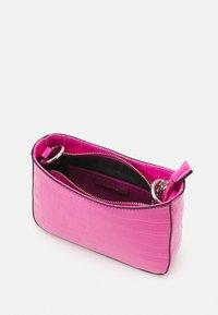 PARFOIS - CROSSBODY CARAMEL S - Across body bag - pink - 2