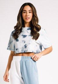 Chelsea Peers - Print T-shirt - off-white - 2
