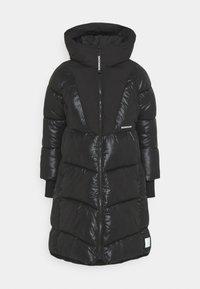 Didriksons - ANDREA WOMENS - Zimní kabát - black - 0