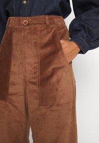 Dedicated - WORKWEAR PANTS VARA - Trousers - friar brown - 4