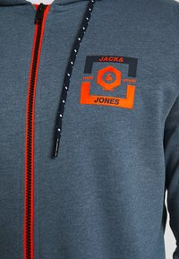 Jack & Jones - JCOSTRONG ZIP HOOD - Mikina na zip - china blue/melange - 5