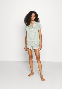 Loungeable - TRADITIONAL SHORT SLEEVE SHIRT  - Pyjama - green - 1