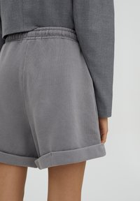 PULL&BEAR - Shorts - grey - 4