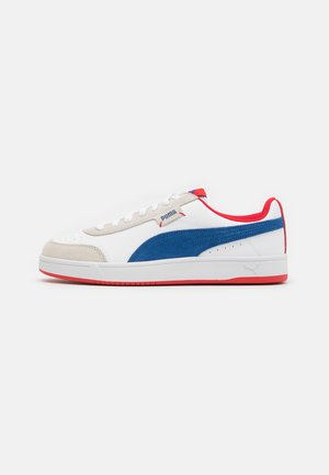 COURT LEGEND UNISEX - Baskets basses - white/limoges/high risk red