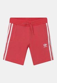 adidas Originals - DISNEY CHARACTER SET UNISEX - Camiseta estampada - white/core pink - 2