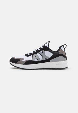Zapatillas - white/silver/black