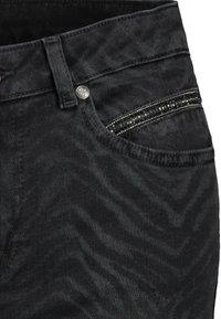 Monari - MIT ZEBRA-PRINT - Jeans Skinny Fit - schwarz - 3