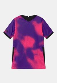 Nike Performance - PARIS ST GERMAIN UNISEX - Klubové oblečení - hyper pink/black - 1