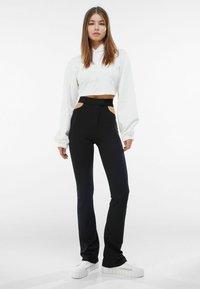 Bershka - Pantalon classique - black - 1