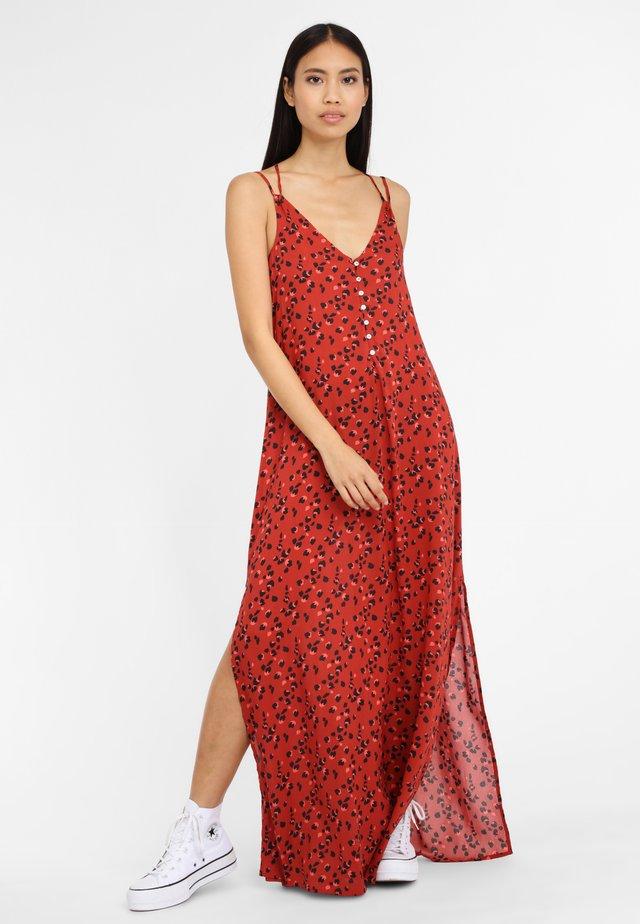 Robe longue - mottled red