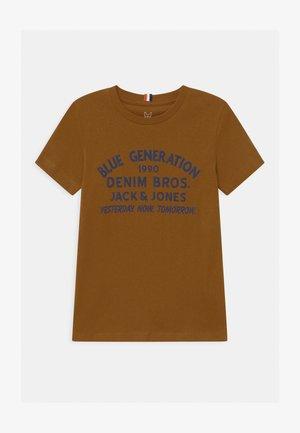 JORSTANDARD CREW NECK - Print T-shirt - rubber