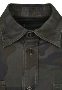Brandit - SLIM FIT - Shirt - olive - 7