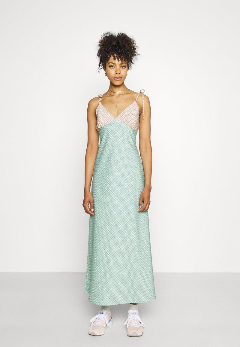 Fashion Union - CAPRI DRESS - Maxi dress - peach/aqua