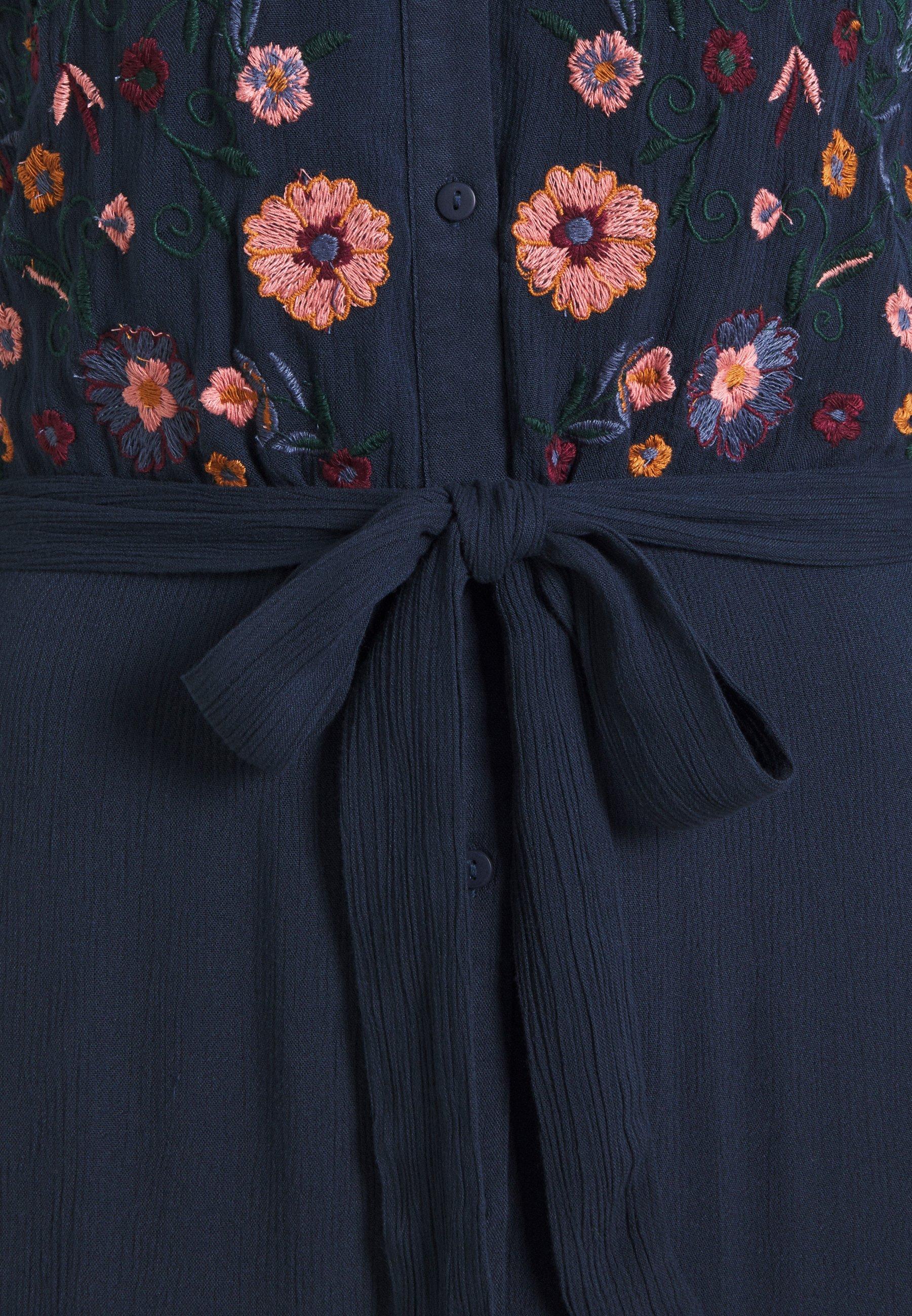 YAS Tall YASSAVANNA EMBROIDERY DRESS Maxikleid dark sapphire/dunkelblau