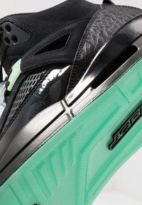 Jordan - SPIZIKE  - Skateboardové boty - black/green glow/anthracite - 5