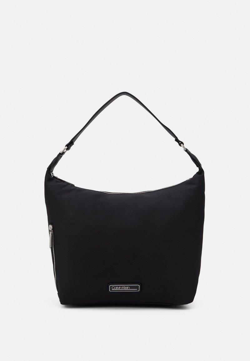 Calvin Klein - HOBO - Håndveske - black