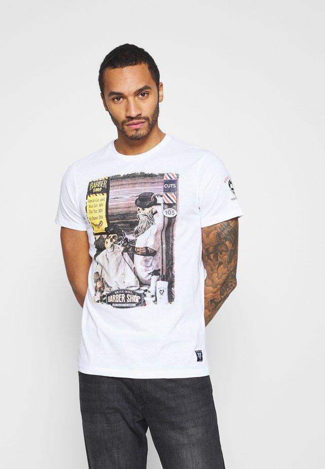 SWEENEYB - T-shirt con stampa - optic white