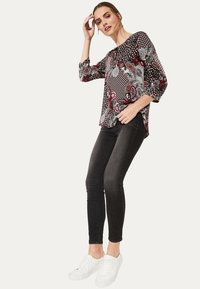 comma casual identity - 3/4 ARM - Blouse - red - 1