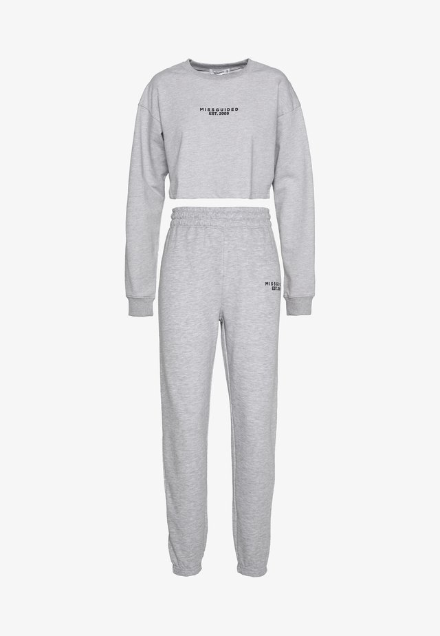 CROP AND JOGGER SET - Tracksuit - grey