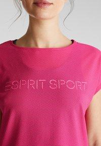 Esprit Sports - Print T-shirt - pink fuchsia - 5