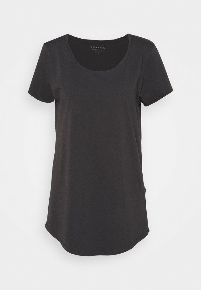 TALL TEE - T-shirts basic - asphalt