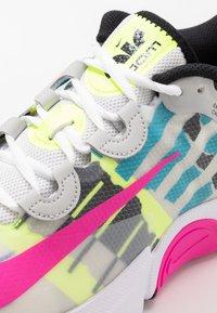 Nike Performance - COURT AIR ZOOM TURBO - Tenisové boty na všechny povrchy - white/laser fuchsia/sapphire/hot lime - 5
