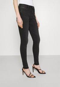 Tommy Jeans - SYLVIA ANKLE - Jeans Skinny Fit - black denim - 4