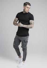 SIKSILK - TAPED CARGO PANTS - Cargo trousers - dark grey - 1