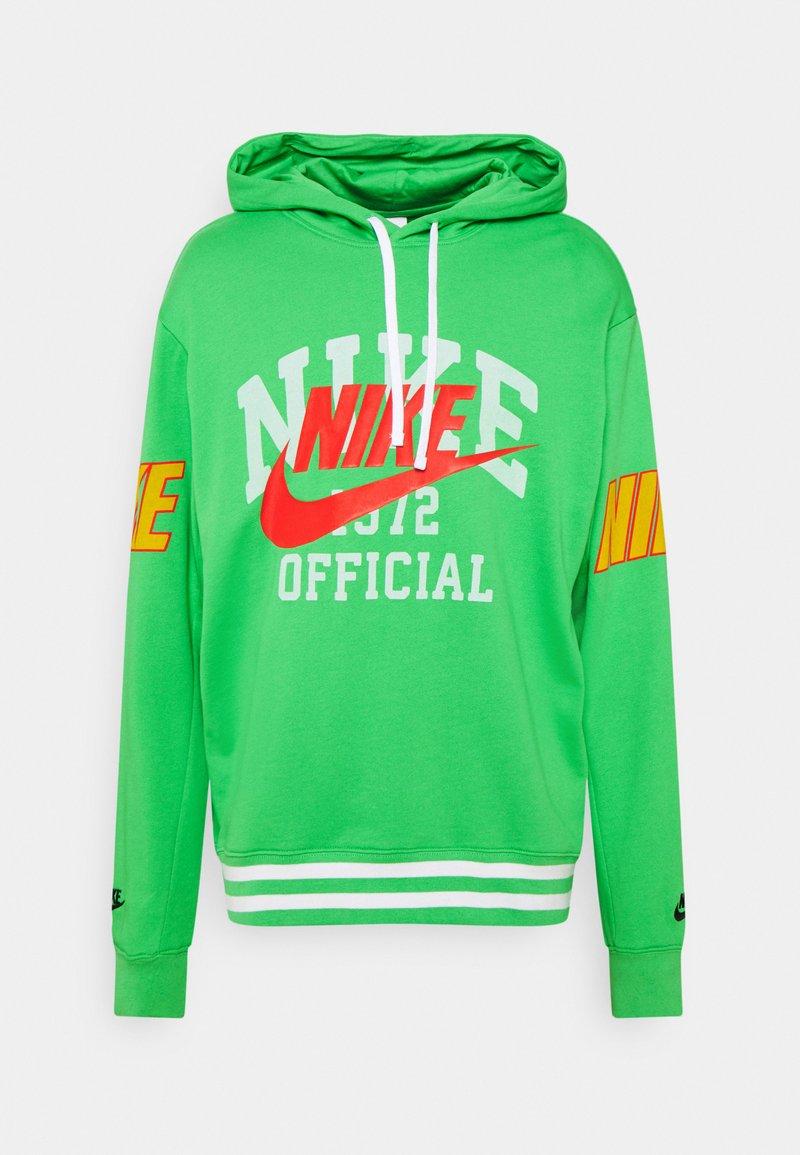 Nike Sportswear - TREND HOODIE - Pusa - light green spark