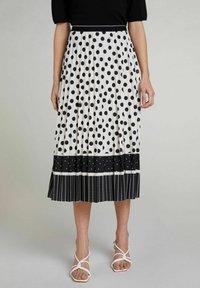 Oui - A-line skirt - offwhite black - 0