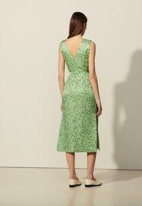 sandro - ASHLEY - Day dress - vert - 2