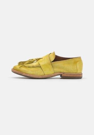 Scarpe senza lacci - zen