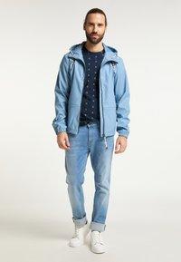 Schmuddelwedda - Light jacket - denimblau - 1