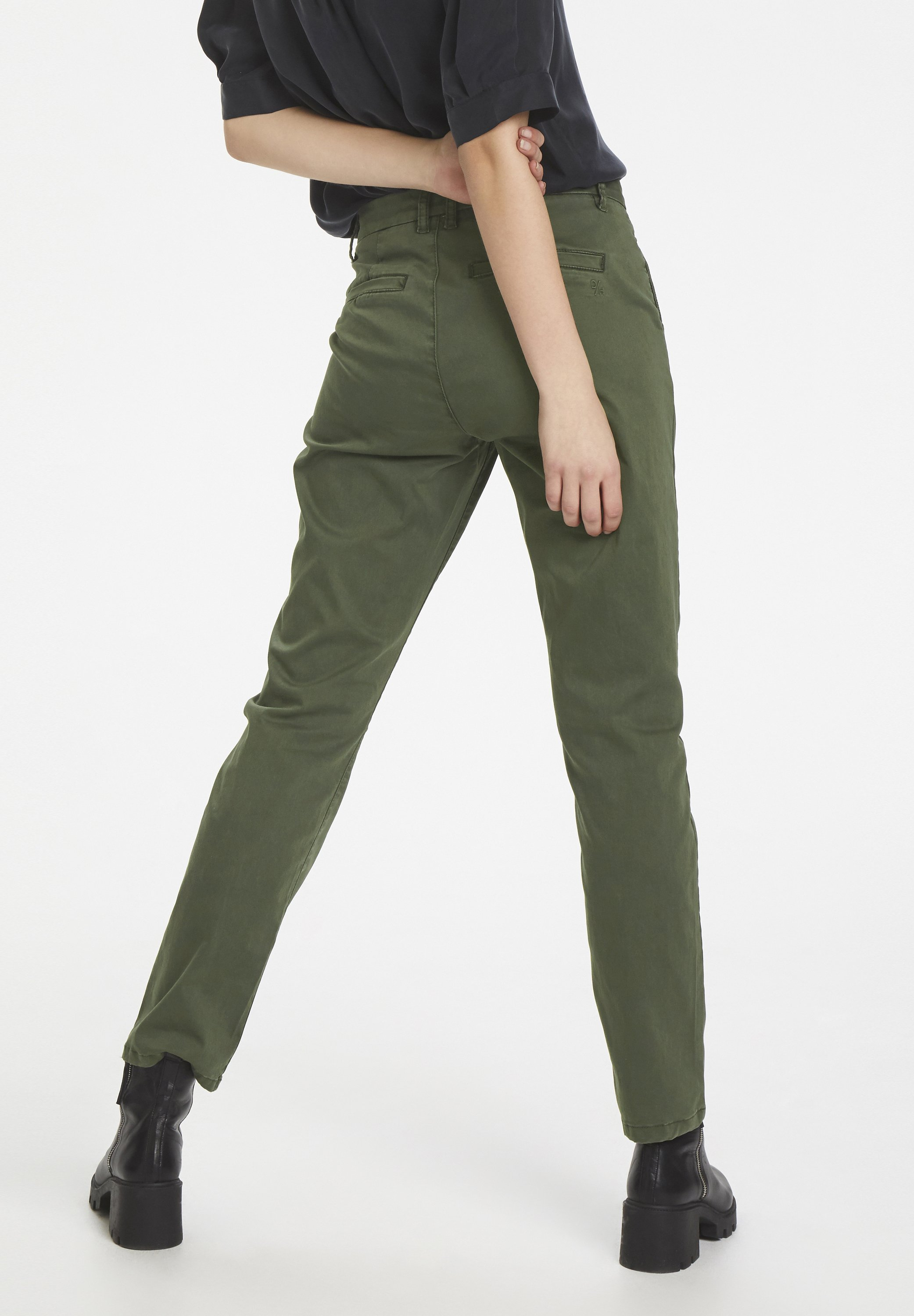 Best Authentic Women's Clothing Denim Hunter Chinos forest night 4Ku1rNGFJ