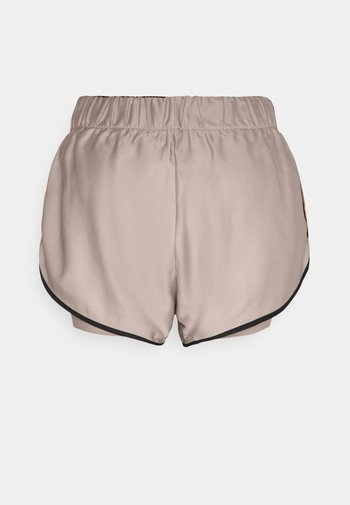 LAYERED CONTRAST  - Sports shorts - beige