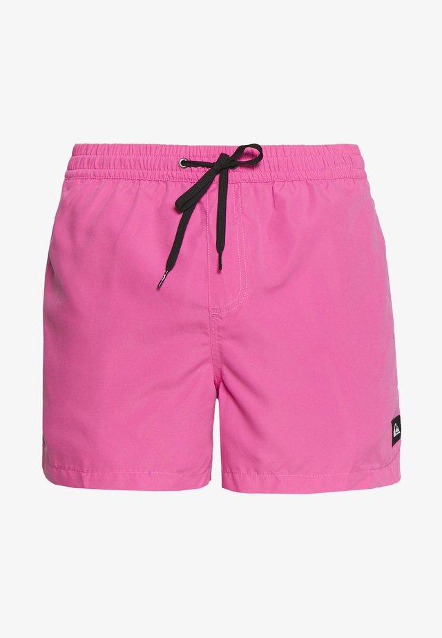 Swimming shorts - carmine rose