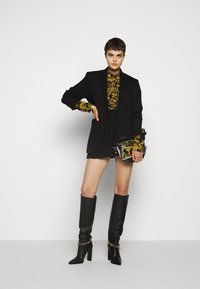 Versace Jeans Couture - Button-down blouse - nero - 1