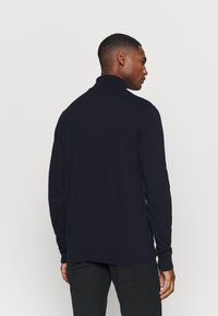 Selected Homme - SLHBERG ROLL NECK - Jumper - navy blazer - 2