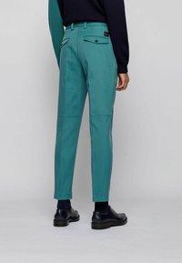 BOSS - KIRIO - Trousers - open green - 2