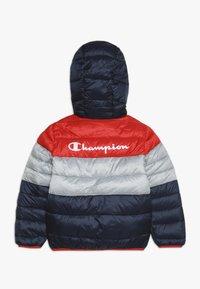 Champion - OUTDOOR HOODED JACKET - Talvitakki - red/dark blue - 1