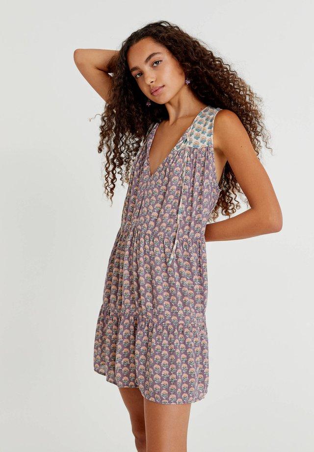 Day dress - mottled purple