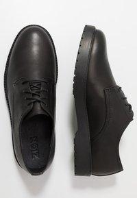 Zign - Elegantní šněrovací boty - black - 1