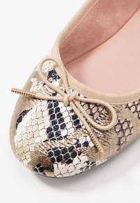 Tamaris - Ballet pumps - metallic - 2