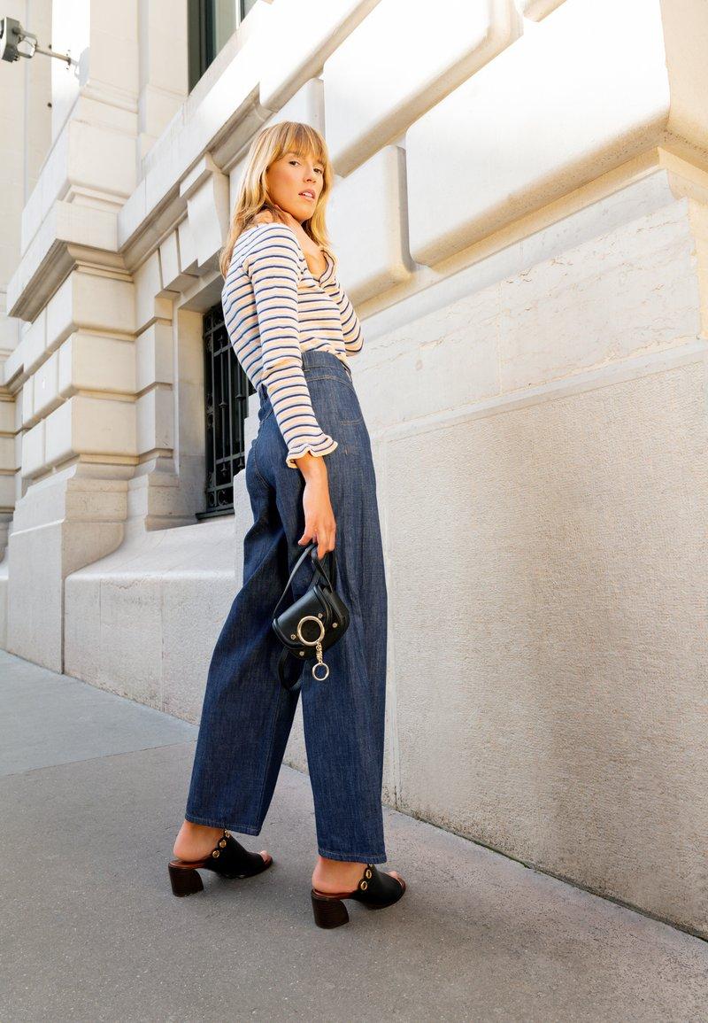 See by Chloé - Mara mini shoulder bag - Across body bag - black